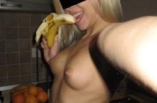 Gode avec une banane