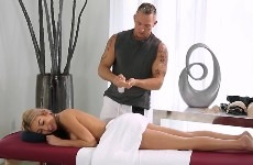 masseur-table